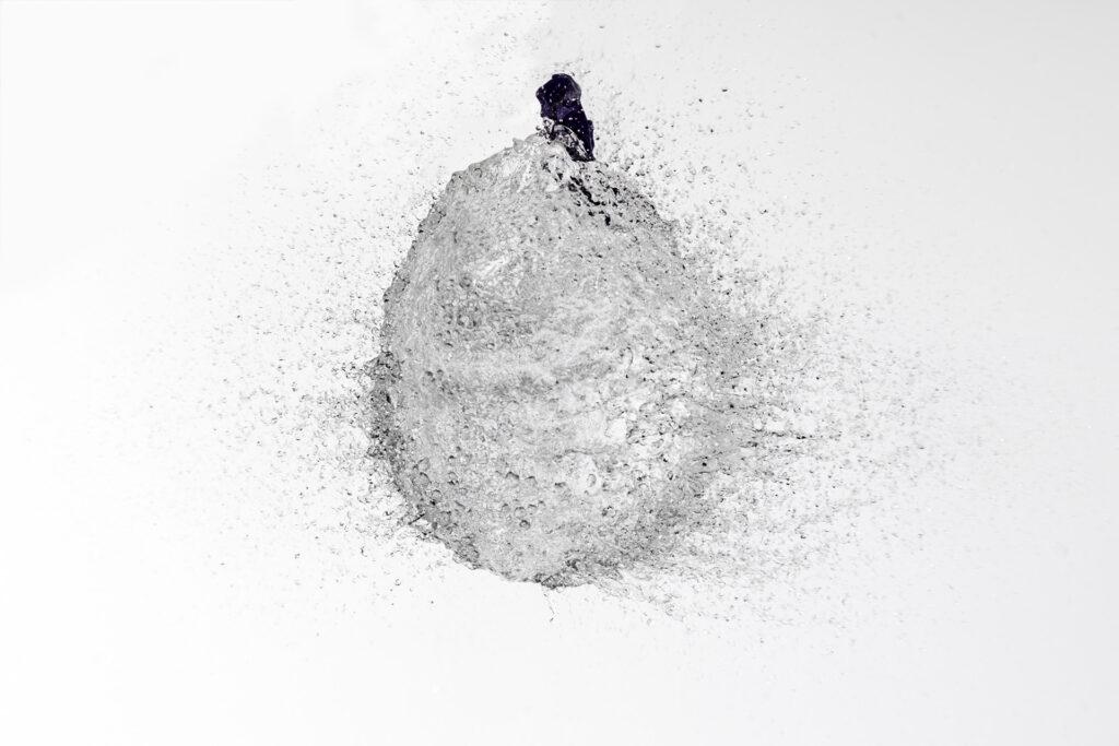 Corso intermedio di fotografia - Palloncino pieno d'acqua esplode